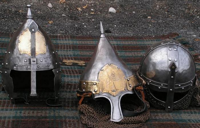 Традиционный русский шлем./ Фото: pinme.ru